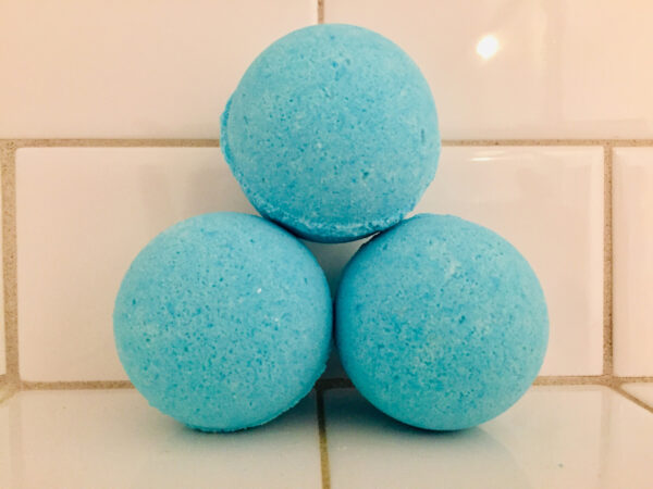 Caribbean blue min bath bomb perfect for children fighting a cold